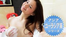 アジア、ユーラシア系シリーズS級ロリ美少女マリザが今回は風呂場で泡だらけオナニー、極太バイブも登場