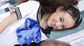 制服姿でマッサージしながら誘ってくる幼痴女 Amai Liu アマイ ルー 2
